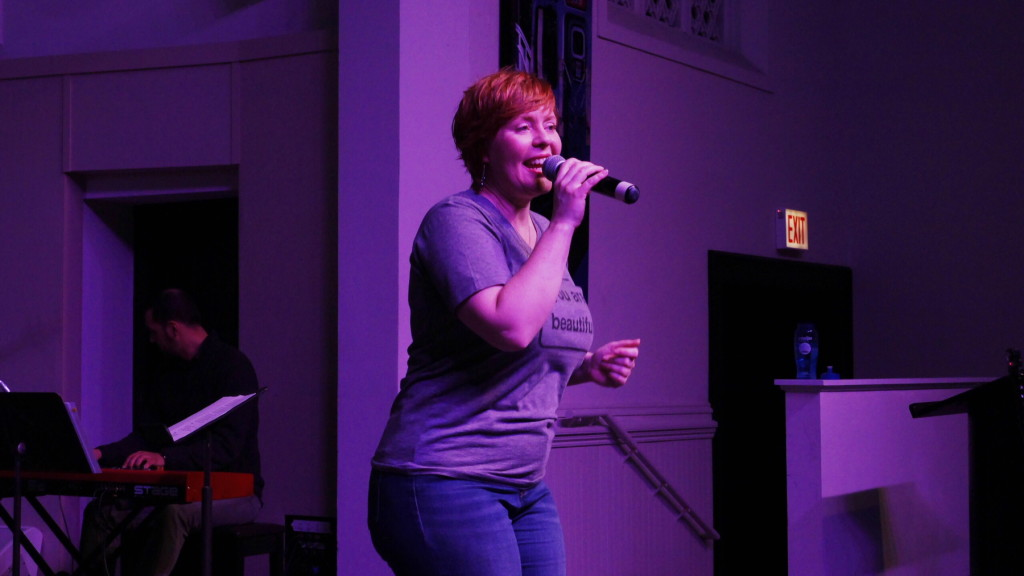 kim revere singing at bodhi spiritual center chicago - 03.29.15 - 1800